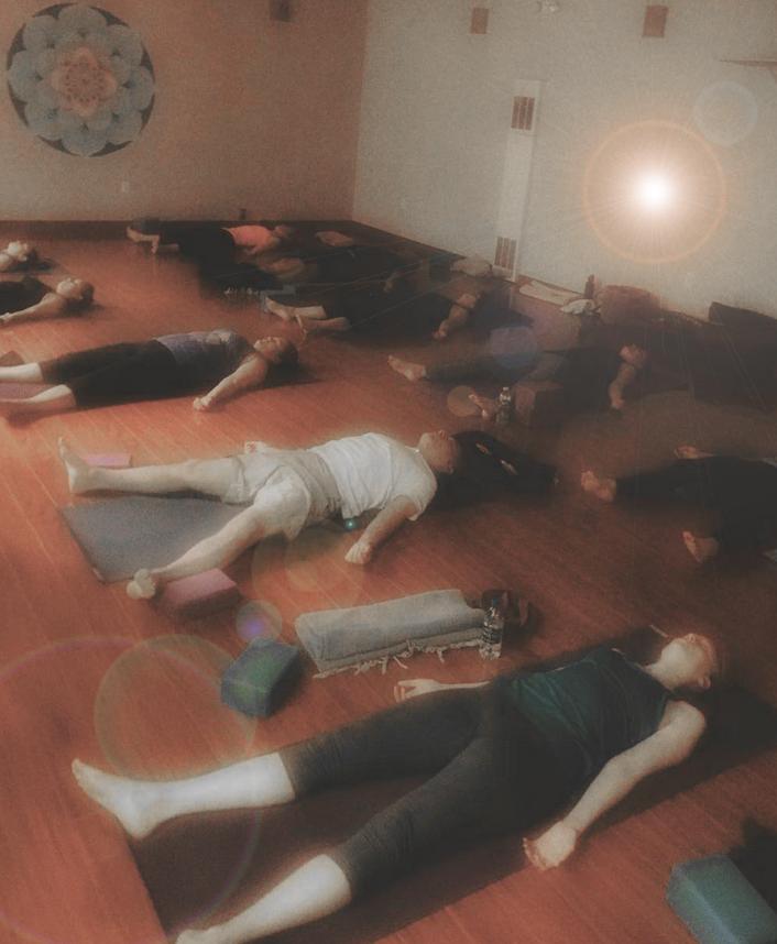 5-minute.stillpoint.yoga
